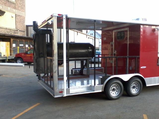 LANG SMOKER MOUNTED ON NEW TRAILER